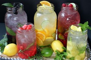 Fruit-and-Flavored-Water